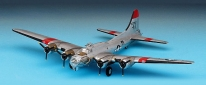 Kitsworld Academy B-17G Flying Fortress 'Carolina Moon' Academy Hobby Model Kits - Aircraft 1/72nd Scale